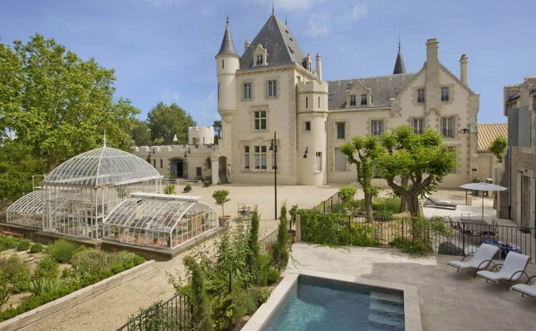 France Chateau Mattress as well as Breakfast every day Lodging