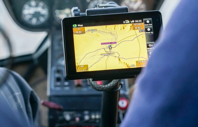 GPSMAP 696 Aviation Transportable GPS NAVIGATION